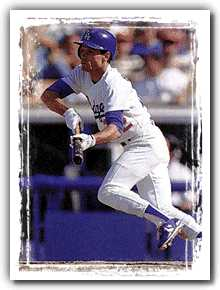Brett Butler bunts on the Dodgers